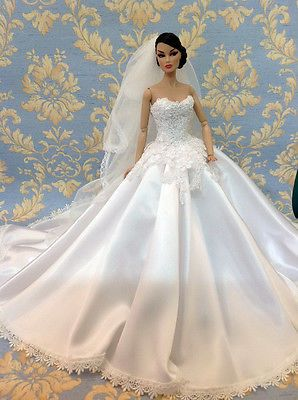 Bestty Doll Gown Outfit Dress Fashion Royalty Silkstone Barbie Model Doll FR. Lovely wedding gown; classically beautiful