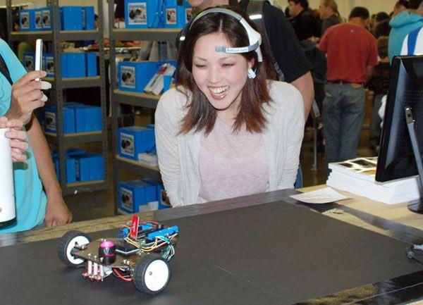 Make a Mind-Controlled ArduinoRobot