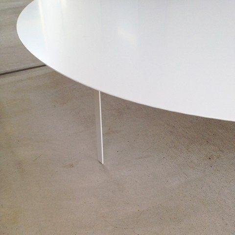 薄い鉄板で作った白いローテーブル(ちゃぶ台)#鉄板 #ローテーブル #ちゃぶ台