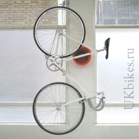 Крепление для велосипеда Cycloc Solo. Купить крепеж для хранения велосипеда на стене