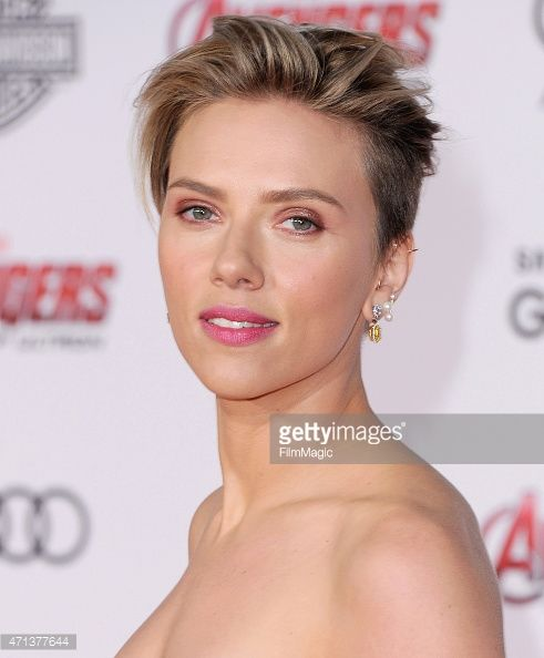 scarlett johansson pixie - Google Search