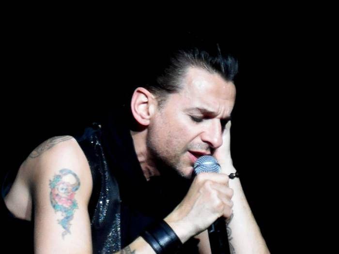 что случилось с Дэйв Гааном  Дэйв Гаан. Фото Wikimedia Концерт Depeche Mode 17 июля в Минске отменили из-за болезни солиста. Мы с сожалением объявляем, что из-за болезни члена группы Depeche Mode не сможет выступать сегодня вечером в Минске, – говорилось в сообщении на...