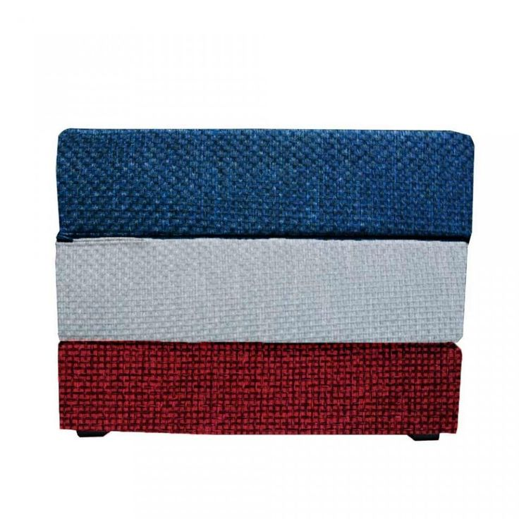 Touf di colore diverso in base alla bandiera, il Letto che diventa Puff, con Base in Jeans Azzurro e Fodera Esterna di Rivestimento disponibile in vari colori e misure. #Arketicom #ArketicomLab #pouf #touf #poufletto #sofà #artigianato #madeinitaly #ottoman #france