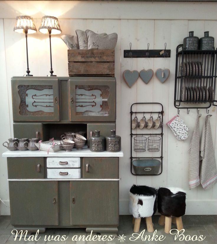 50er jahre k chenbuffet warum nicht mal in schlammfarbend. Black Bedroom Furniture Sets. Home Design Ideas