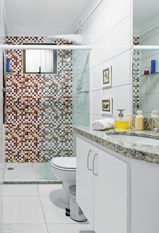 Banheiro tem reforma rápida e barata, usando pastilha adesiva