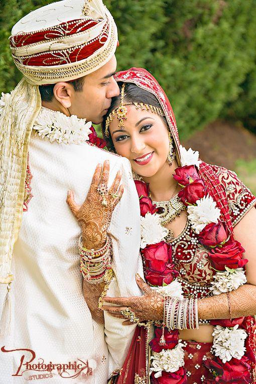 Traditional Indian wedding on IndianWeddingSite.com