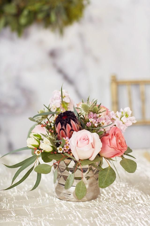 Centerpiece Silver Architect Vase Small In 2020 Flower Centerpieces Wedding Small Flower Arrangements Flower Centerpieces