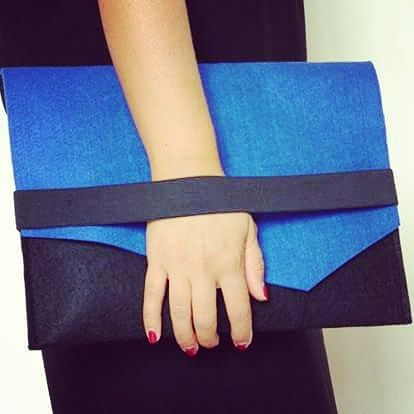 The collection. Autumn-winter 2016-2016. Clutch bicolore in lana. #madeinitaly #fashion #soireecreations #bag #cluch