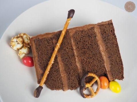 Double chocolate espresso cake με σοκολατένια πρέτσελ, m&m's και ποπκόρν – Madame Gâteaux