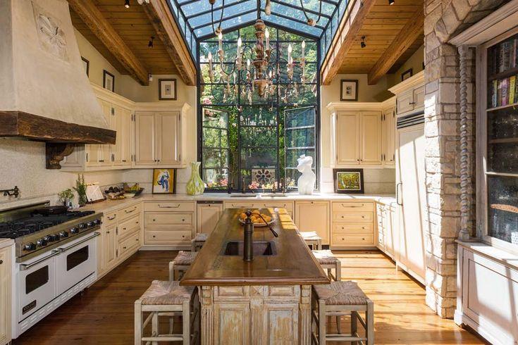 Stunning kitchen. ❣Julianne McPeters❣ no pin limits