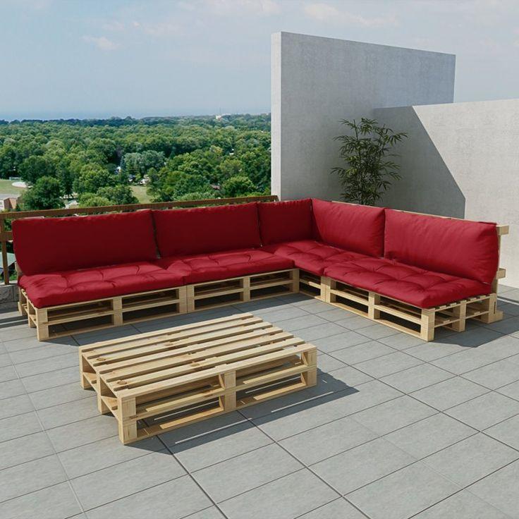 Dieses Lounge-Set aus Holzpaletten mit Kissen kombiniert Stil und Funktionalität. Es wird der Mittelpunkt Ihres Gartens oder Ihrer Terrasse sein. Das Set ist so konzipiert um das ganze Jahr über im Freien benutzt zu werden. Aus hochwertigem Kiefernholz hergestellt, ist das Set leicht zu reinigen, strapazierfähig und geeignet für den täglichen Gebrauch. Die Kissen sind gefüllt mit hochwertigen, weichen Polyester-Stapelfasern und werden dem ...