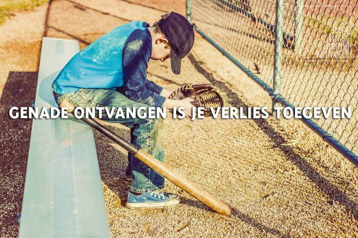 Genade ontvangen is je verlies toegeven   http://www.dagelijksebroodkruimels.nl/bijbelse-wijsheden/genade-ontvangen-je-verlies-toegeven/