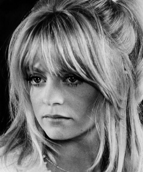 Goldie Hawn's hair! Why can't I get this look? Must keep trying!