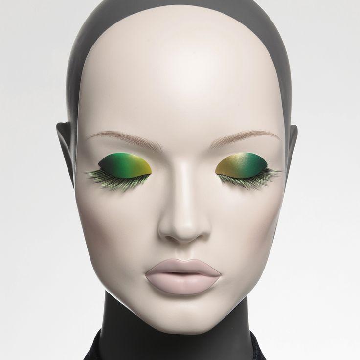 Absolute Cameleon mannequin collection Eyes ref : YD.K4.00.21.F2 Lips ref : B1.P5.F2 Shop window design Shop window display Visual merchandising Shop window mannequin
