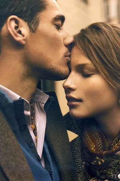 forehead kisses <3