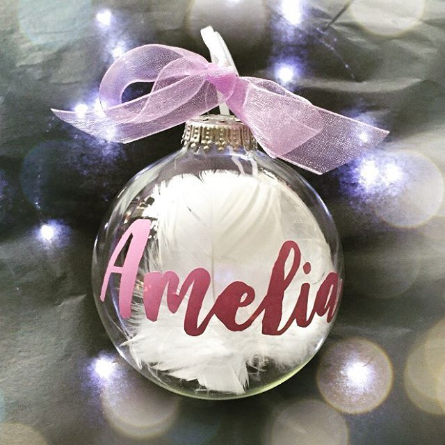 WEBSTA @ petitepeople - Check out The beautiful Christmas Baubles at PetitePeople.com .For Every gift you buy from PetitePeople, you help a mother to a safe birth and a newborn to a good start in life#gifts #gift #newborn #birth #birthday #baby #babygift #babygifts #help #christmastree #everymothercounts