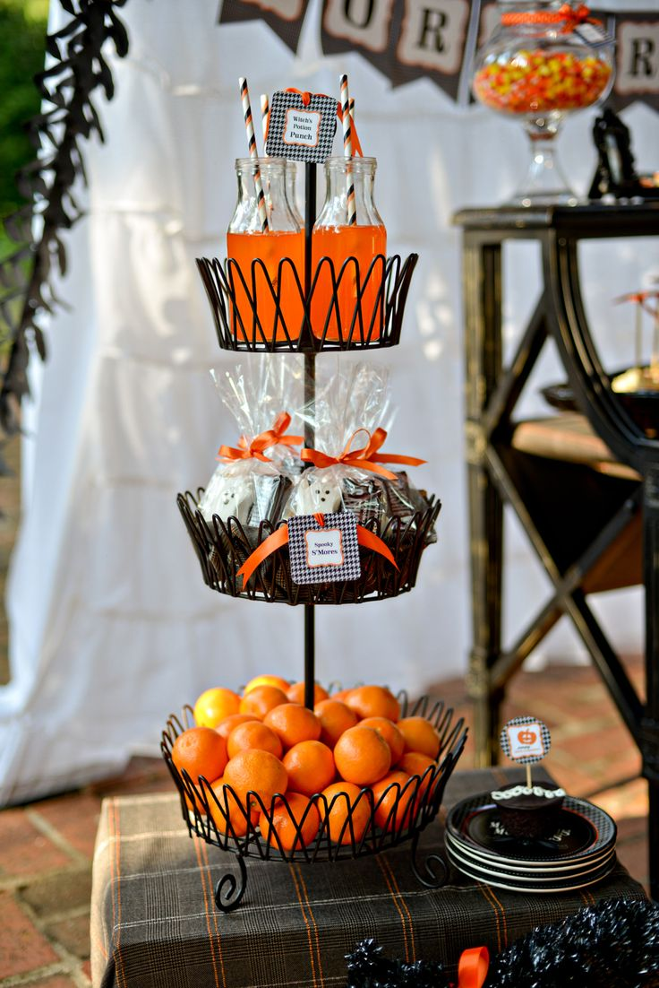 halloween candy bar ideas halloween candy and finally what halloween party would be complete - Easy Halloween Candy Recipes
