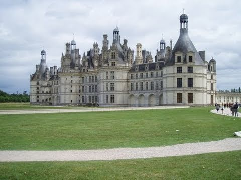 The Loire valley includes historic towns such as Amboise, Angers, Blois, Chinon, Nantes, Orléans, Saumur, and Tours.  The Loire Valley (French: Vallée de la Loire),