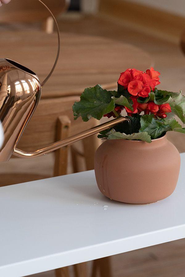 Boniface Vessels Decorative Items Ceramic Vases Ceramic Vase