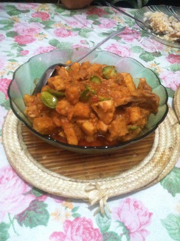 Chicken with fried sambal petai