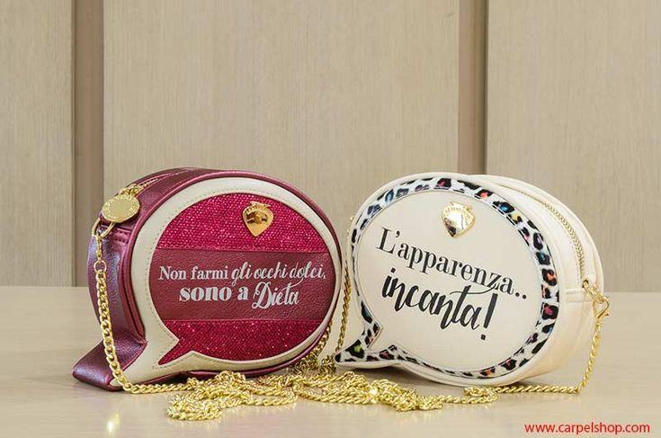 Inusuale Mini Bag a forma di fumetto del marchio Le Pandorine, si può indossare in diagonale grazie alla lunga catenella dorata o a mano.  Acquistala nel nostro Store Carpel Shop ---> http://carpelshop.com/?s=comic&post_type=product