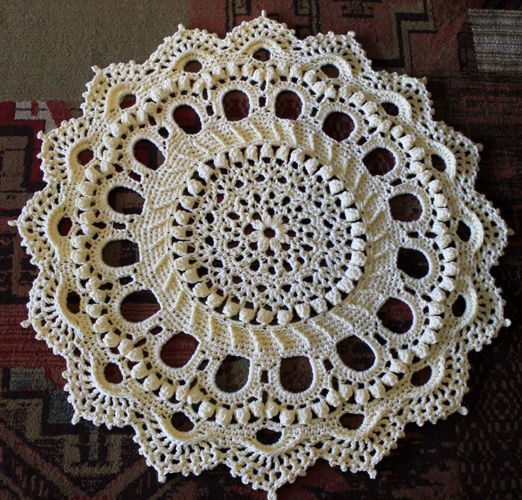 1000+ Ideas About Crochet Doily Rug On Pinterest