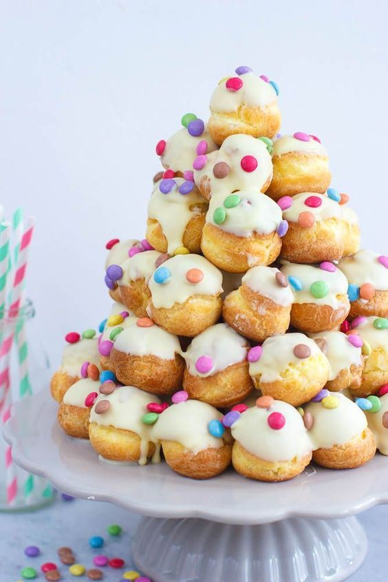 101+ kersthapjes voor traktatie kerstdiner op school; Makkelijk en snelle kinderhapjes maken voor kerstontbijt, high tea of lunch. – Mamaliefde.nl