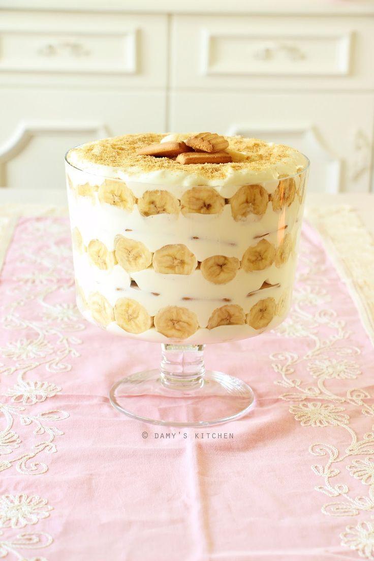 """New York'taki """"Magnolia Bakery"""" nin meşhur tatlısı """"banana pudding"""" i yaptım.. Hem de en kocamanından bir pastaya dönüştürerek! O..."""