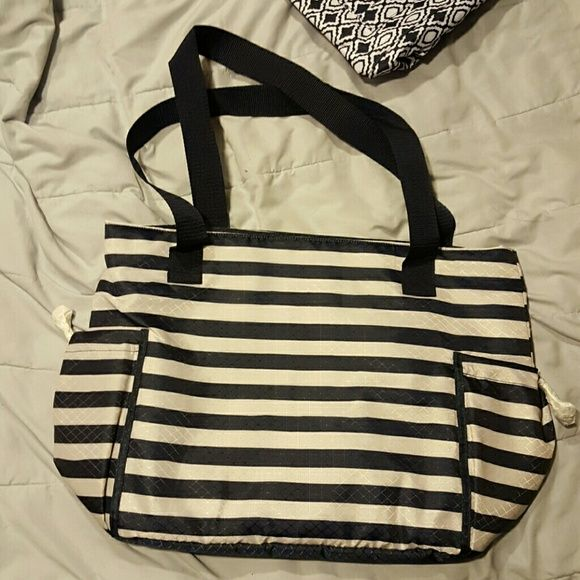 Thirty one new day tote Thirty one new day tote navy rugby stripe Bags Totes