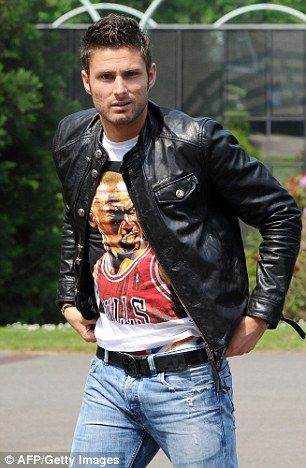 Giroud gets annoyed with people commenting on his slick appearance...