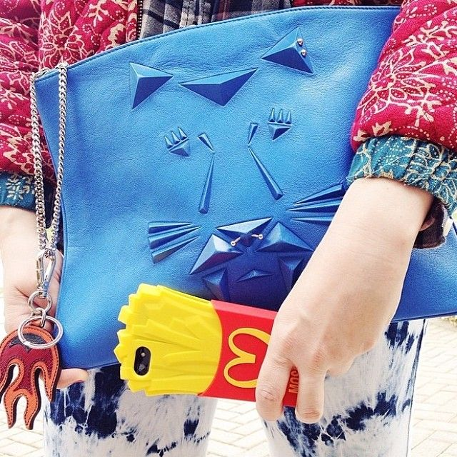 #regram the ela Tiger Punk pouch in blue crush spotted on @beckermanblog Looking great ladies xx