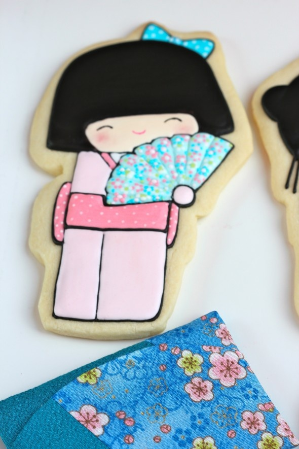 Sweetopia.net's kokeshi cookies!