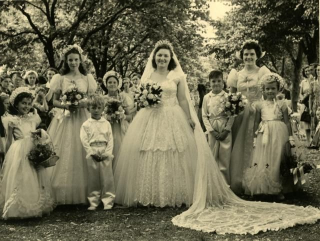 Vintage 60 S Style Wedding Dresses: 57 Best 1950s Wedding Gowns Images On Pinterest