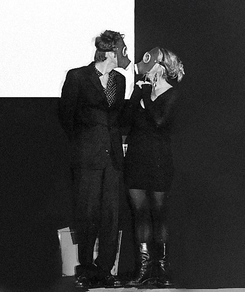 "6. of (probably) a fuckload of David & Billie pictures ""Two gas masks used in 'The Empty Child' were auctioned off and David and Billie..."