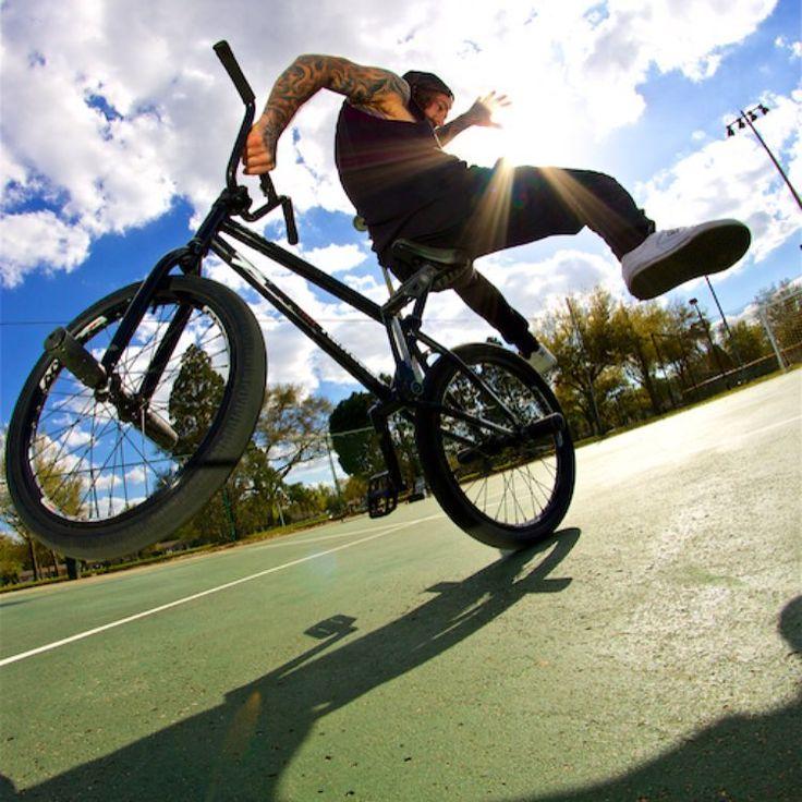 Stunt BMX flatland. Maxxis sponsored Lee Musselwhite