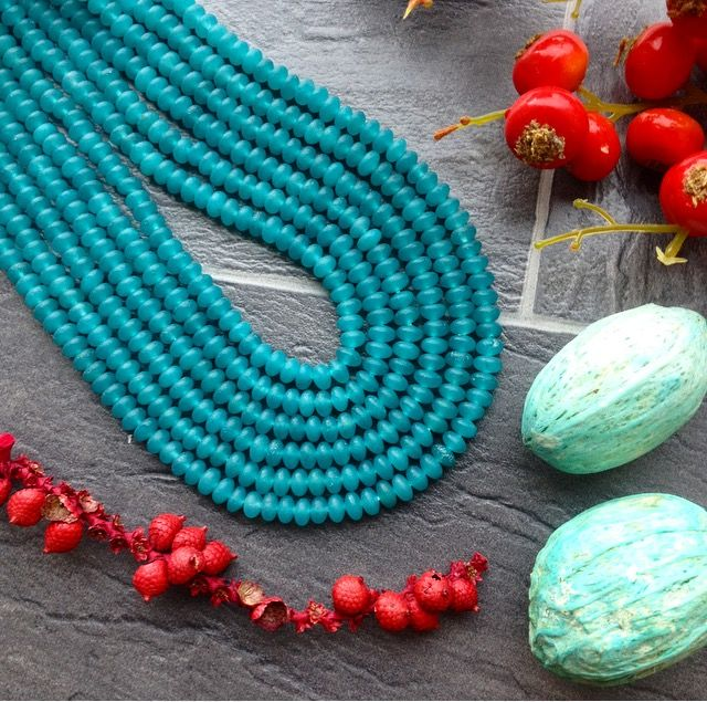 FROSTED TEAL DYED JADE MINI BEADS www.beadhouse.co.uk