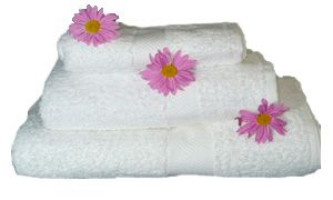 Sábanas, frazadas, almohadas, mantas polares, cobertores, fundas nordicas,cortinas,protectores de tarima, cubrebox | Casas & Estilos