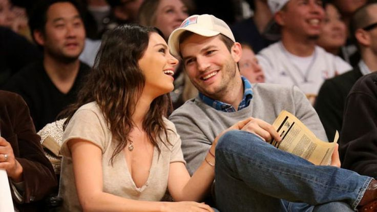 Ashton Kutcher and Mila Kunis just got secretly married. Now my The 70s Show dreams are complete and so is theirs. Love this down to earth celebrity couple!