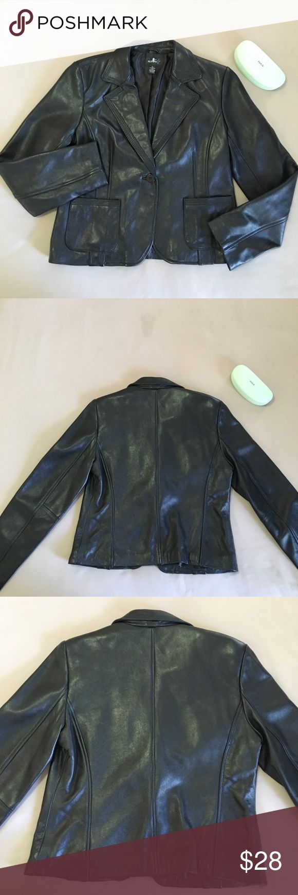 "‼️24 HRS SALE‼️ Alfani genuine leather jacket NWOT Beautiful Leather Cropped Fully Lined. 23"" long and 21"" armpit to armpit. Thx 💤👣💤 Alfani Jackets & Coats"