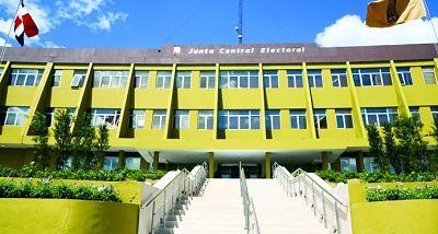 """Plantean que la Ley Electoral reste poder de """"monarca"""" a presidente de la Junta Central"""