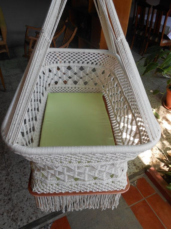 Moises: Hanging Crib design spider available in by HamacArt