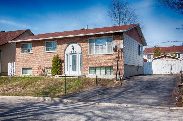 Maison de plain-pied for sale in Fabreville (Laval) - 14427975 - EFSTRATIA BARDIS