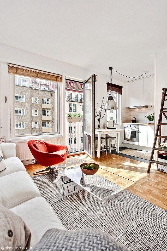 Votre résidence est plus petite que vous l'aimeriez ? Vous pensez que le manque de mètre carré vous prive automatiquement d'une décoration originale et vintage ? FAUX ! Il existe un grand nombre de belles et ingénieuses idées pour pallier...