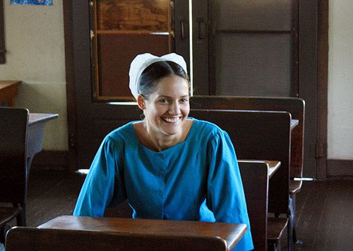 """Breaking Amish's Kate Stoltzfus """"Hates"""" Her Cast Mates And Wants Her Own Show"""