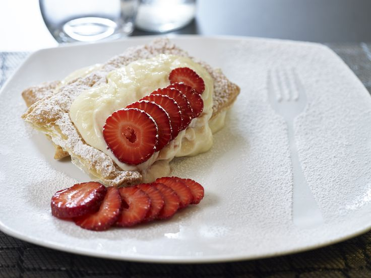 Strawberries & cream... !!!  mmm yummy yummy...! Deliscious mille feuille ...noone can resist it!