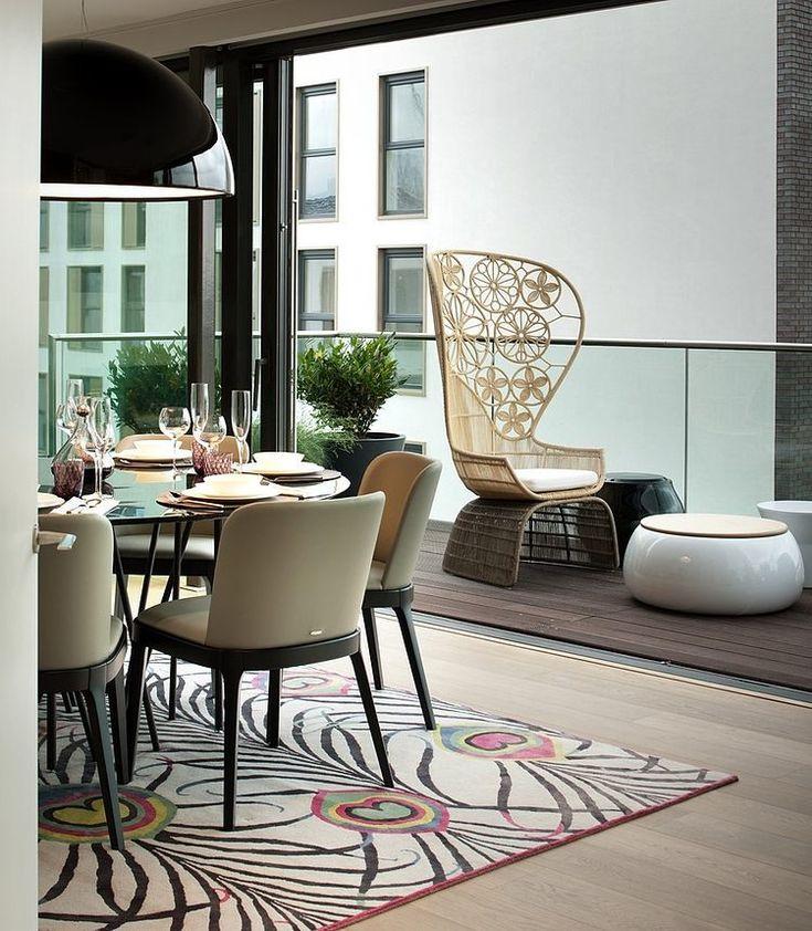 http://www.inyourkingdom.com/2014/09/01/luxurious-penthouse-in-londons-high-class-neighbourhood/