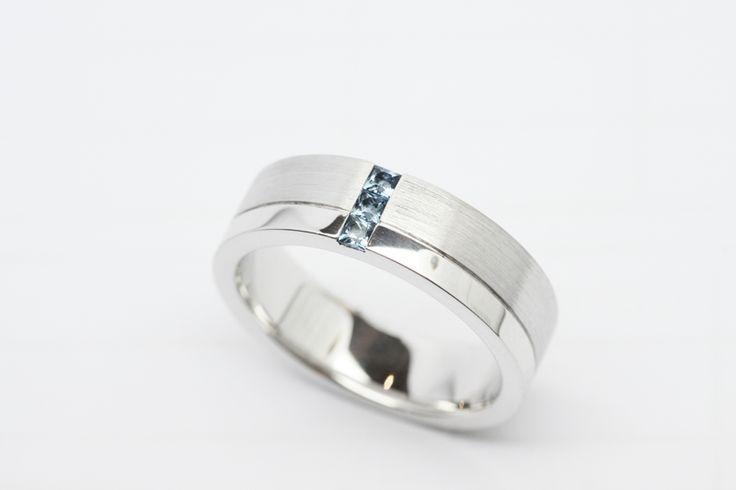 Stunning custom made men's wedding rings