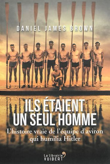 Seattle, 1933. Joe Rantz est un élément prometteur de l'équipe d'aviron de son université. Abandonné par sa famille et malmené par la vie, il se consacre entièrement à ce sport jusqu'à la consécration aux Jeux Olympiques de 1936, où son équipe gagne sous les yeux de Hitler.