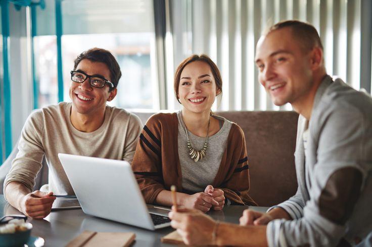 Эти советы помогут тем, кто хочет развить креативность, научиться рисковать и доверять своим талантам и способностям. А также пригодятся и в карьере, и в повседневной жизни.