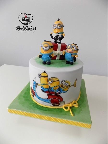Minions  by MOLI Cakes